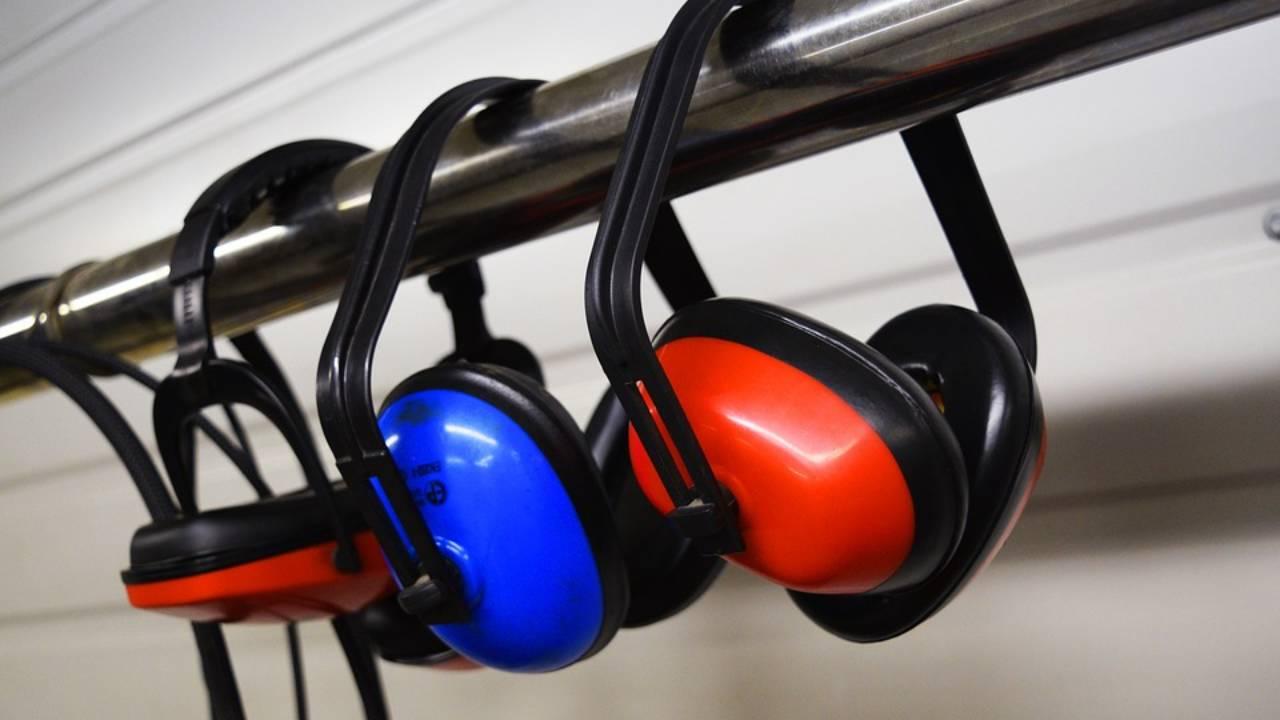 Tapis Anti Bruit Appartement des bruits de voisinage qui pourrissent la vie | 7 jours