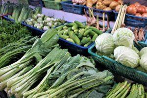 Des légumes d'hiver sur un marché