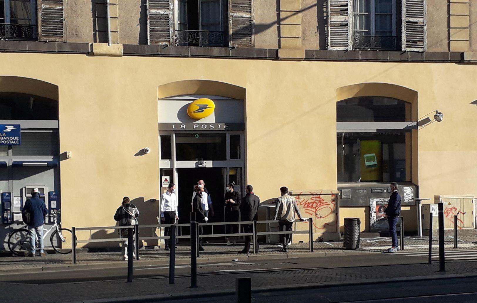 Le Bureau De Poste De La Place Gaillard Ferme Entre Le 17 Septembre Et Le 5 Novembre 7 Jours A Clermont