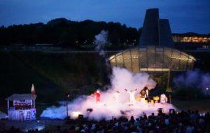 Yapadrisk et la flamme des volcans : un spectacle proposé cet été à Vulcania.