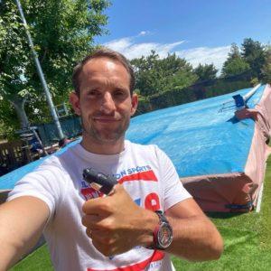 Selfie Renaud Lavillenie, pouce cassé