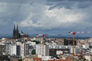 Clermont sous les nuages
