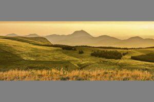 La Chaîne des Puys, panoramique par Hervé Santucq