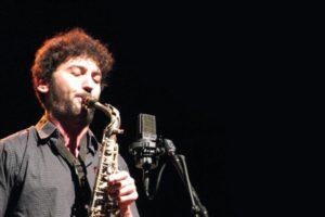 Le saxophoniste Gaspard Baradel sur la scène de Jazz en Tête / photo O.Perrot