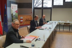 Louis Giscard d'Estaing, maire de Chamalières, Philippe Chopin préfet du Puy-de-Dôme et Jean-Paul Villard directeur de la sécurité départementale par intérim