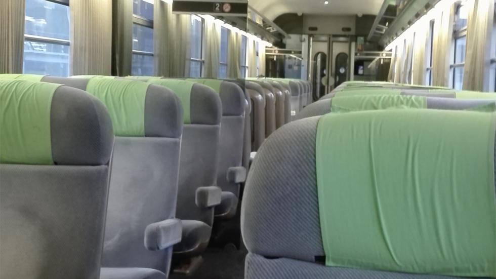 Intérieur train Intercité Paris-Clermont / Photo 7 Jours à Clermont
