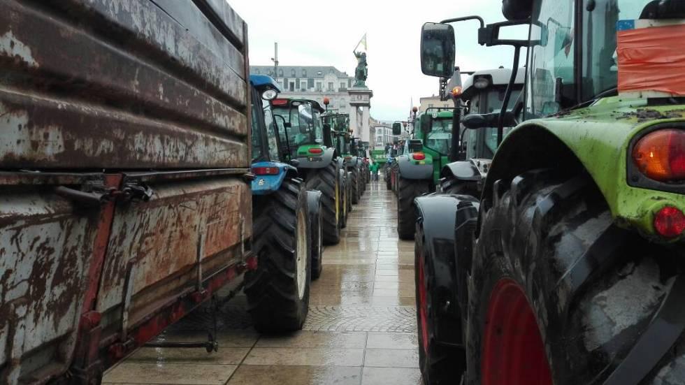 Lors du dernier grand rassemblement de tracteurs sur la Place de Jaude en octobre 2019 / photo 7 jours à Clermont