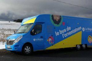Bus de l'orientation / Photo Auvergne-Rhône-Alpes Orientation
