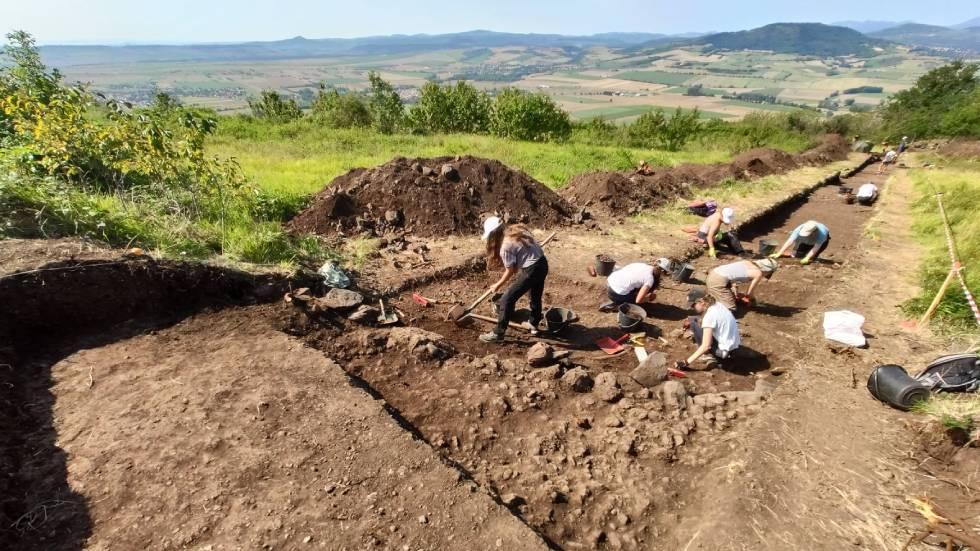 Fouilles archéologiques à Corent : Photo LUERN