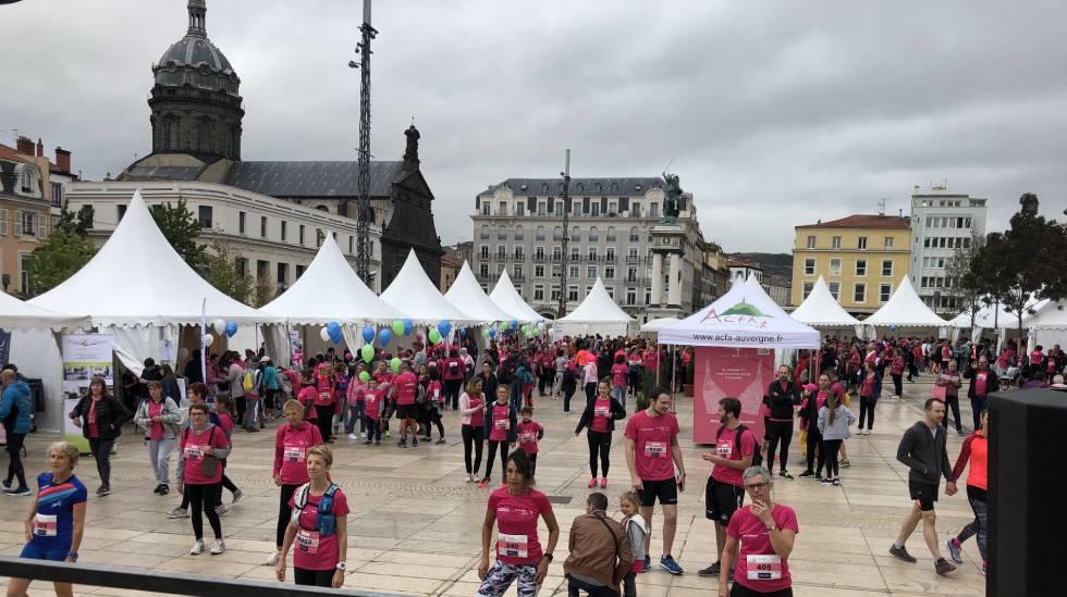 Clermont en Rose : Place de Jaude : Photo : Clermont en Rose